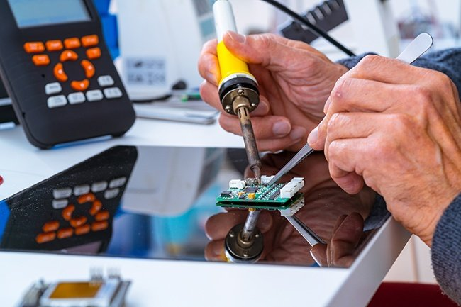 5 Key Qualities to Look for in Your Next Electronics Manufacturing Partner Levison Enterprises
